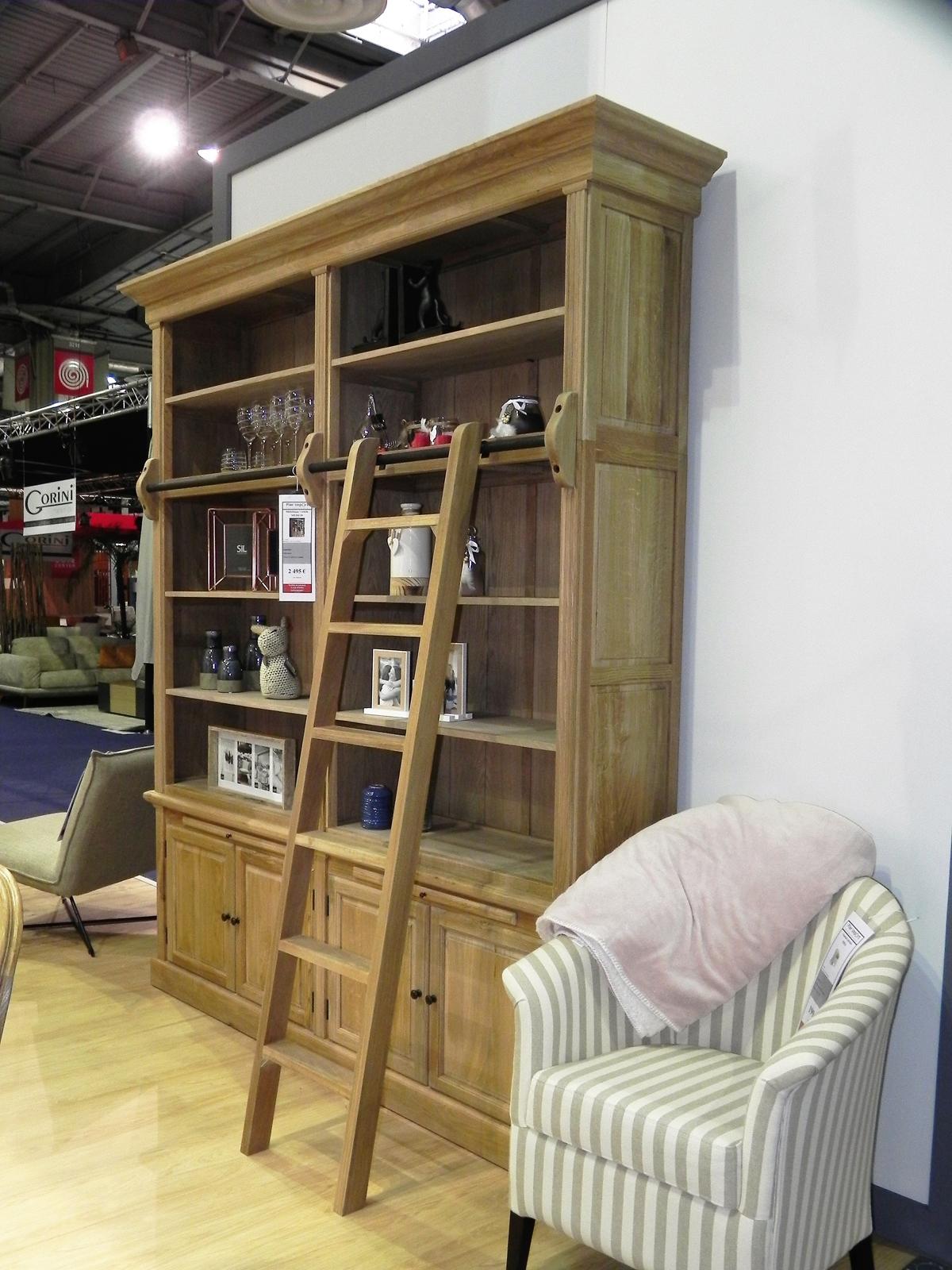 Deco Avec Une Echelle En Bois bibliothèque avec échelle classique chic chêne 213x45x240cm medicis