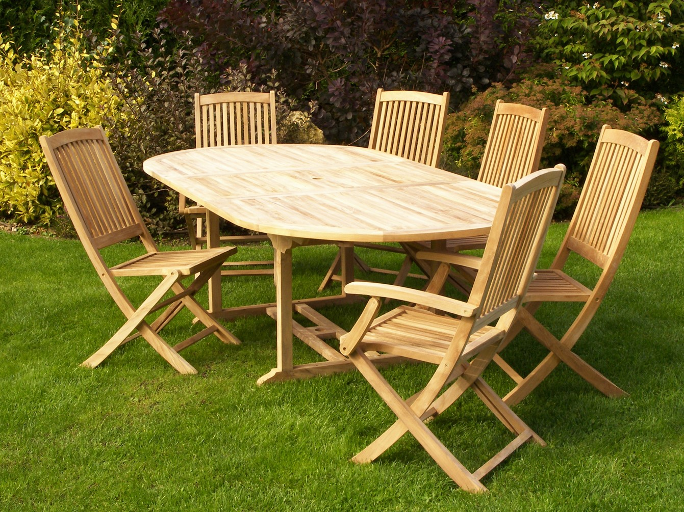 Table de jardin en Teck ovale extensible 180/240x120cm SUMMER