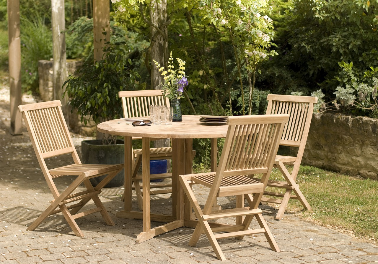 Salon de jardin en Teck table ronde 120cm 4 chaises SUMMER ...
