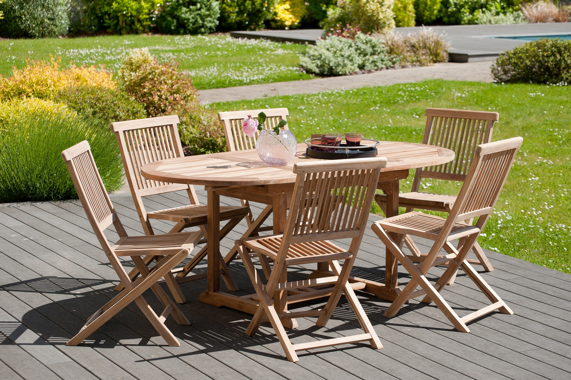 Salon de jardin en teck Table ovale 120/180 cm et 6 chaises Java pliantes  SUMMER