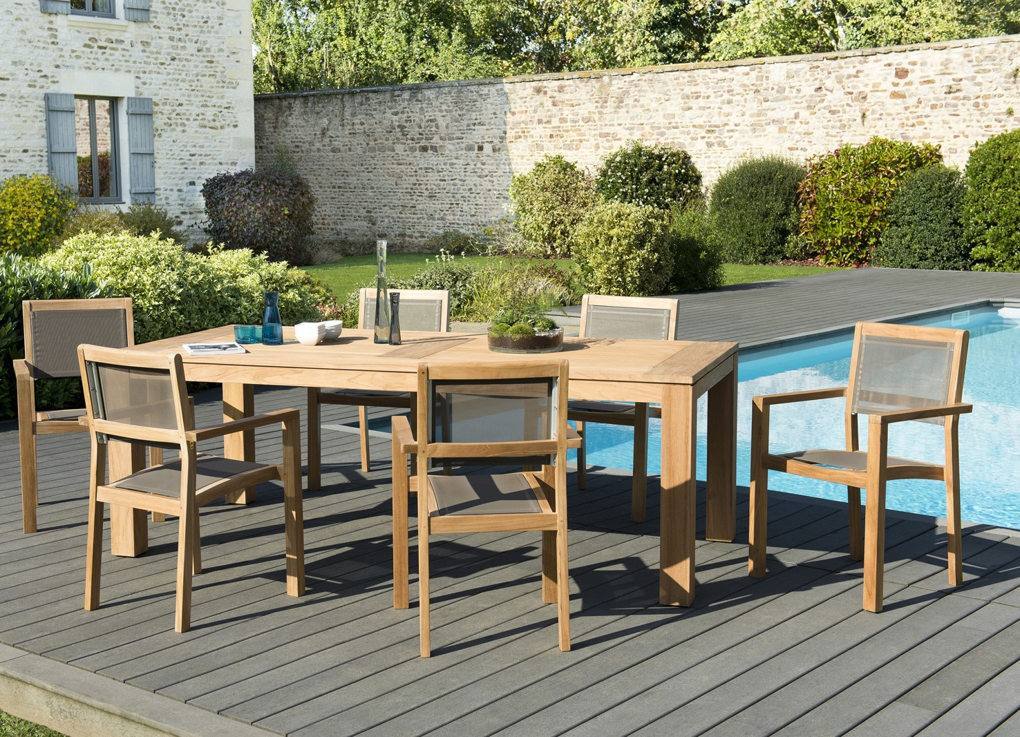 Salon de Jardin Teck Table 220x100 + 6 fauteuils empilables BERGEN ref.  30020837