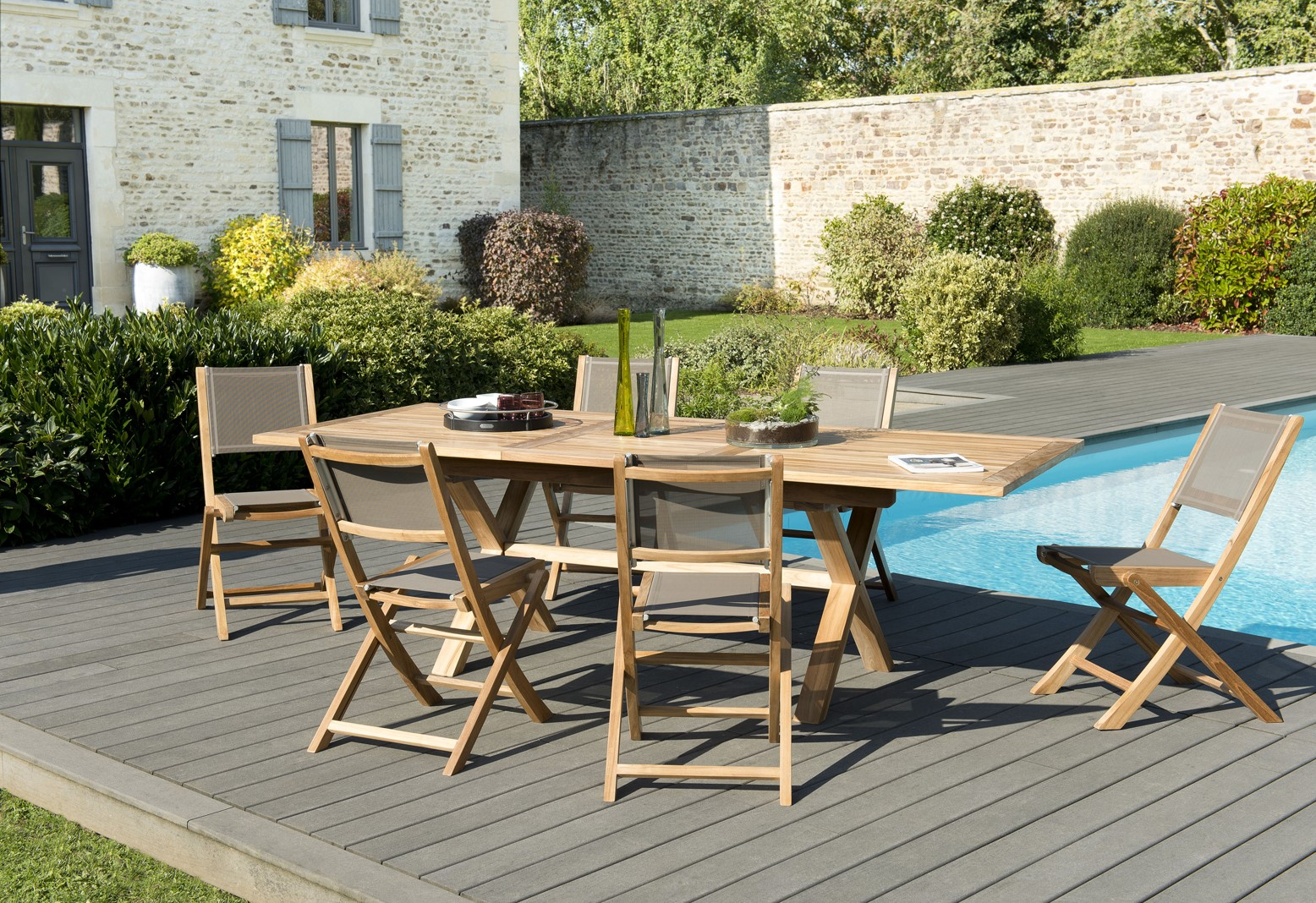 Salon de Jardin Teck Table extensible 180/240 + 6 chaises pliantes SUMMER  ref. 30020856