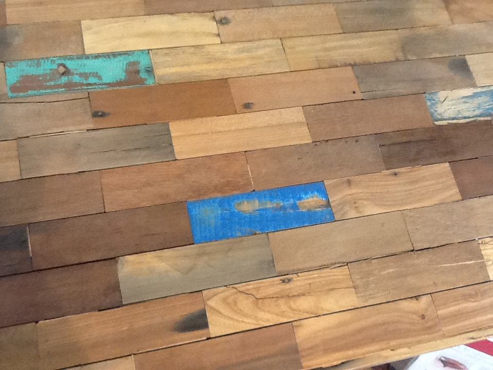 Table basse carrée bois recyclé 120X120 CARAVELLE | Tables