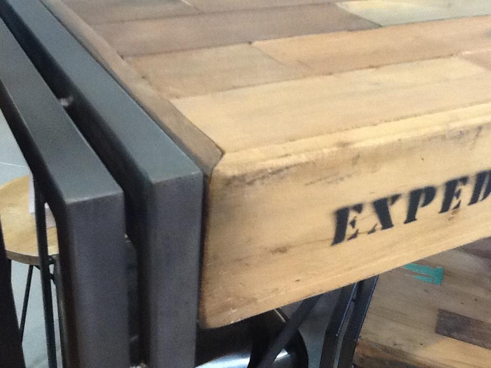 Table Carrée 140×140 Industrielle