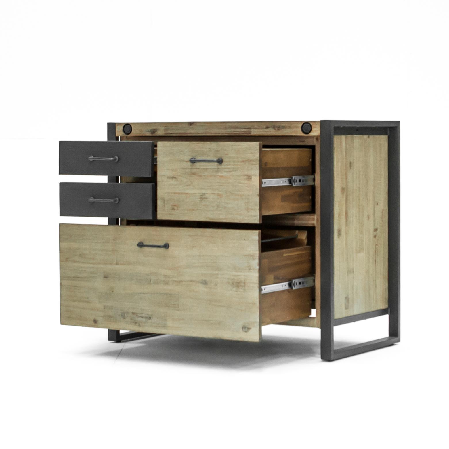 Commode Chambre Style Industriel commode / buffet / meuble de rangement inspiration indus' en acacia et  métal, 4 tiroirs dont 2 en métal 91x51x78,5cm brooklyn