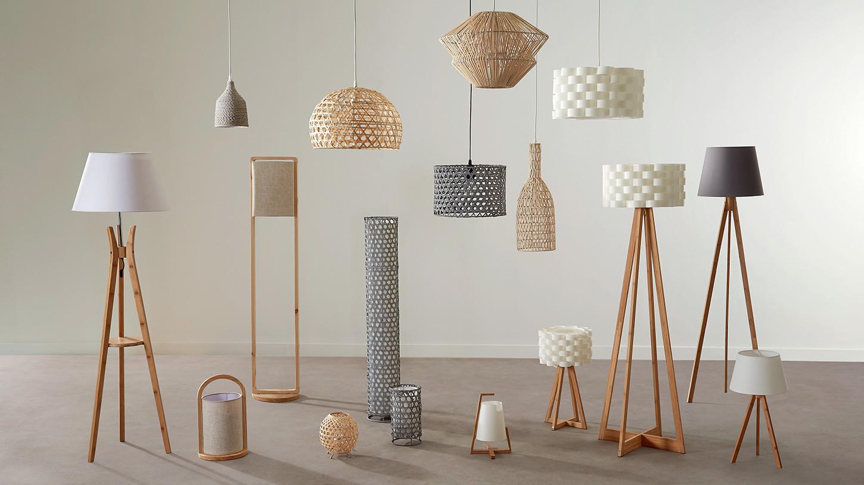 Lampadaire en bambou pied forme trépied avec tablette et abat jour coton blanc D46xH156cm