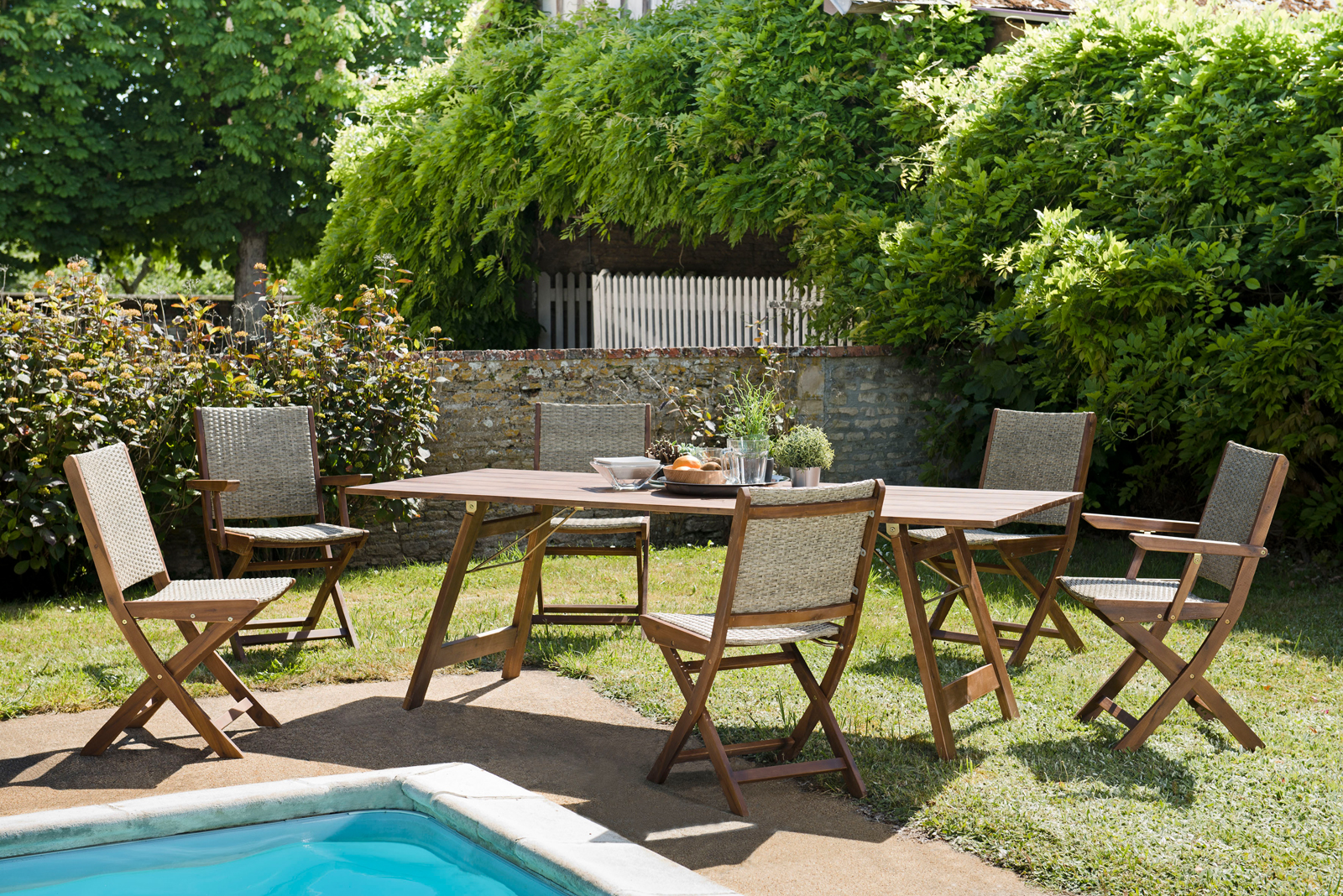 Salon de jardin SUMMER (1 table de jardin pliante acacia ...