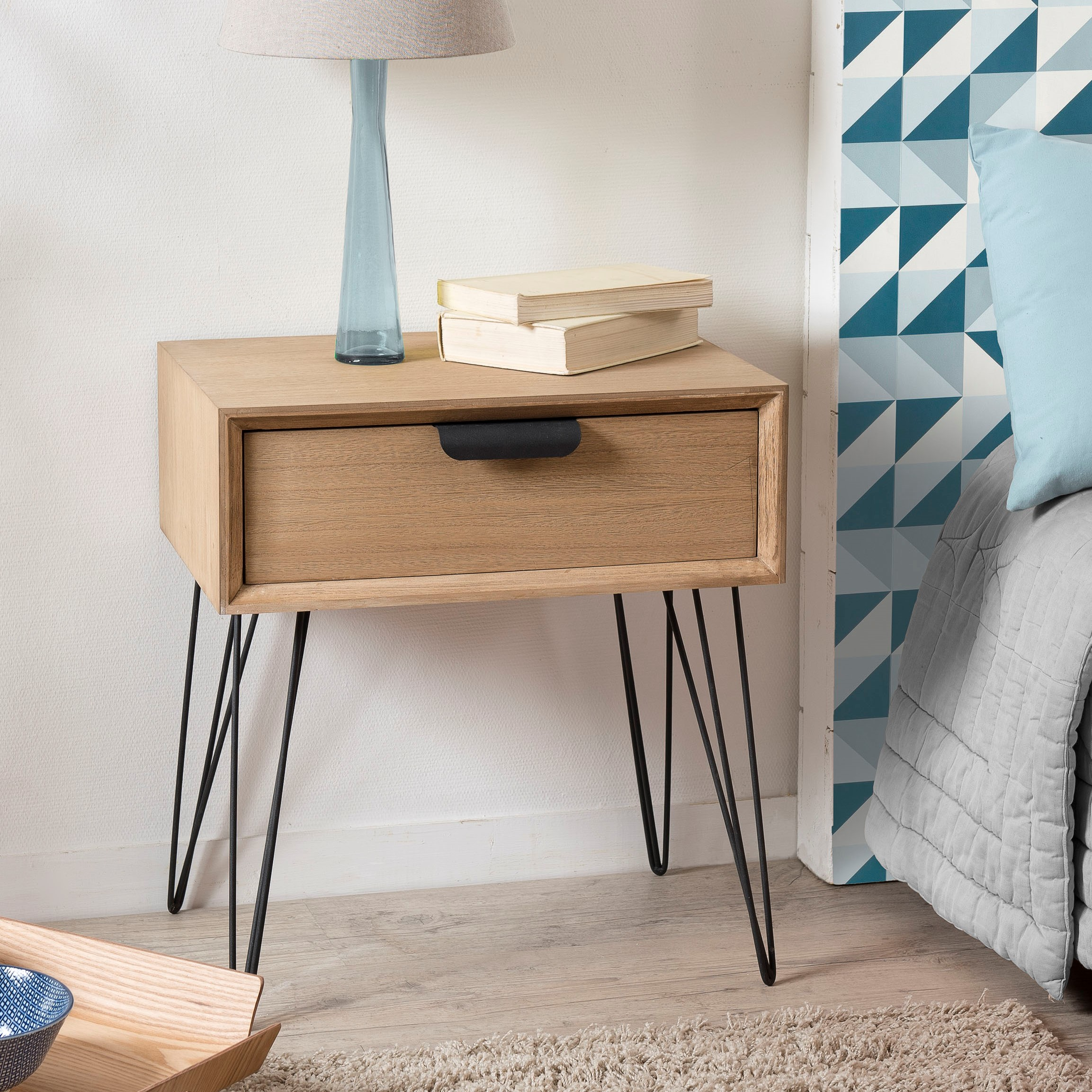 Petite Table De Nuit Bois table de chevet bois pieds épingle style rétro