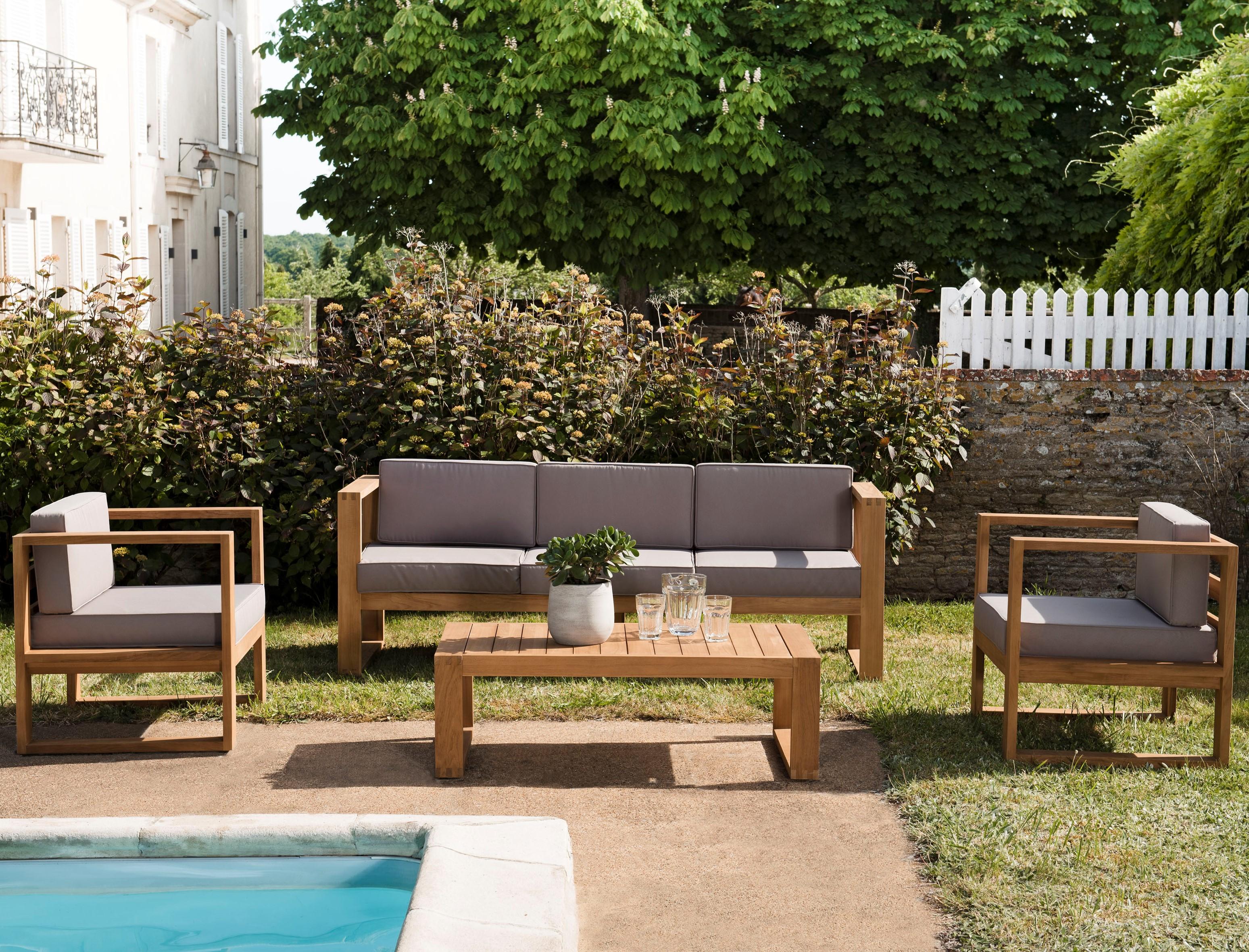 Salon de jardin en teck SUMMER (1 canapé 3 places, 2 fauteuils, 1 table  basse)