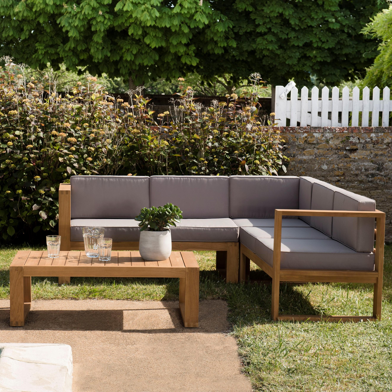 Salon de jardin en teck SUMMER (1 canapé d\'angle 5 places, 1 table basse)