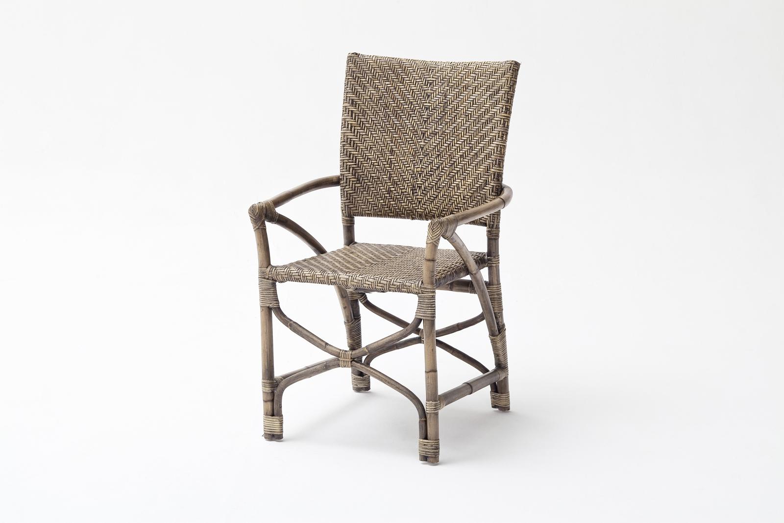 Assortiment 3 x droite fauteuil bras S/'adapte chaises Carré /& Rond Seatbox jambes.