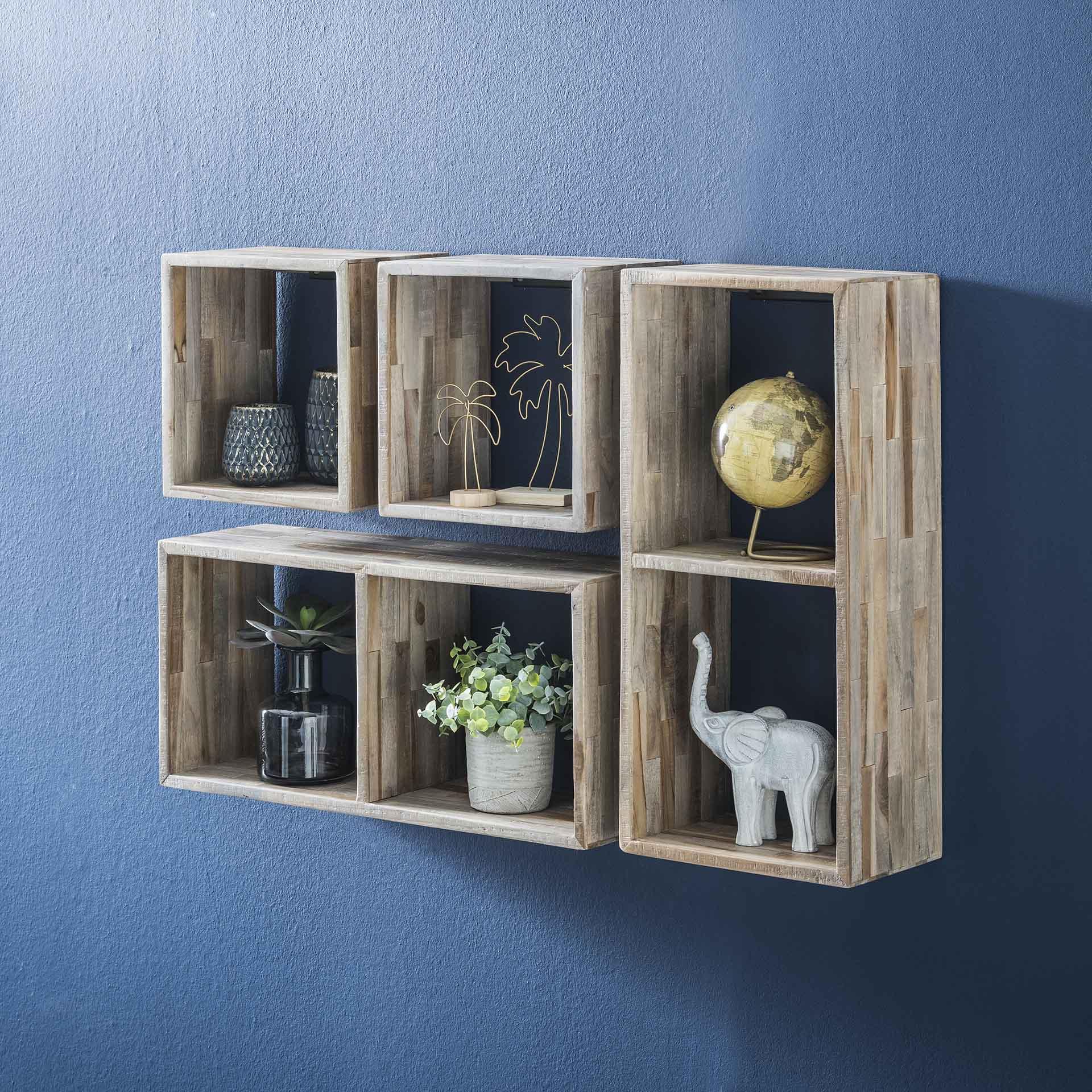 etagere cube bois de teck recycle finition vieillie 65 cm java etageres murales pier import