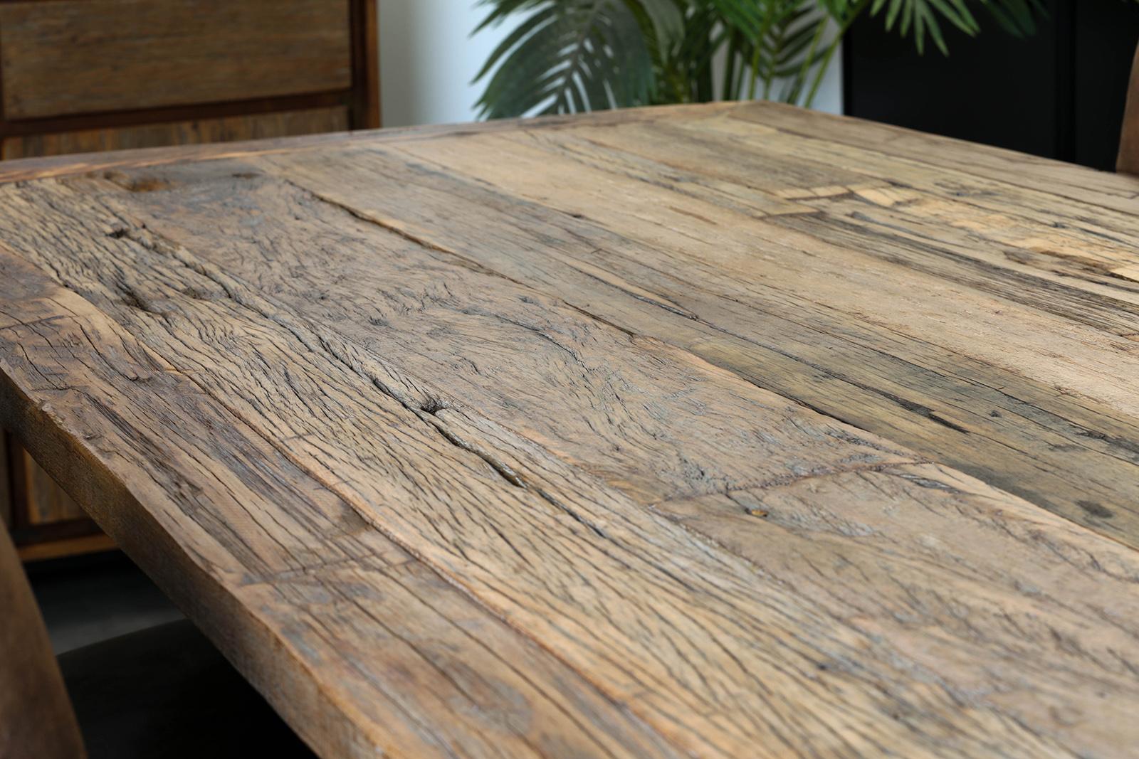 Table à manger industrielle bois recyclé brut plaque verre 12 cm KOURSK